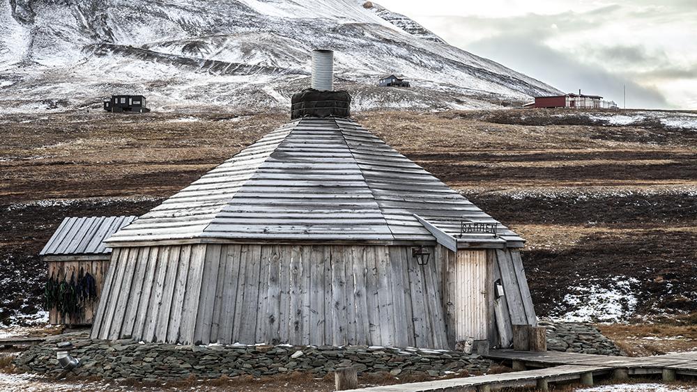 Camp Barents, Longyearbyen, Svalbard ©-Marcel Schütz-2020