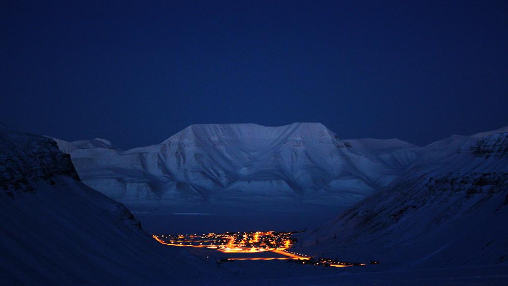 Longyearbyen in November ©-Marcel Schütz-2020