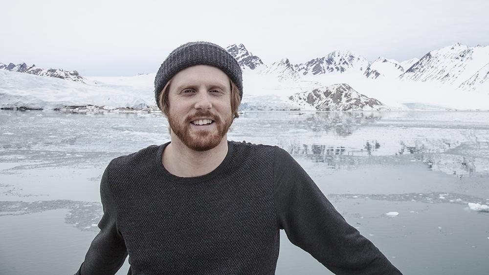 Marcel Schütz in front of Smeerenburgbreen, Svalbard ©-Marcel Schütz-2020