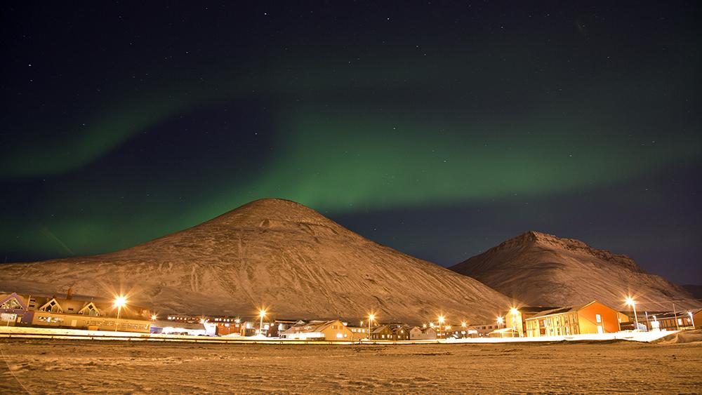 Northernlights over Svalbard ©-Marcel Schütz-2020