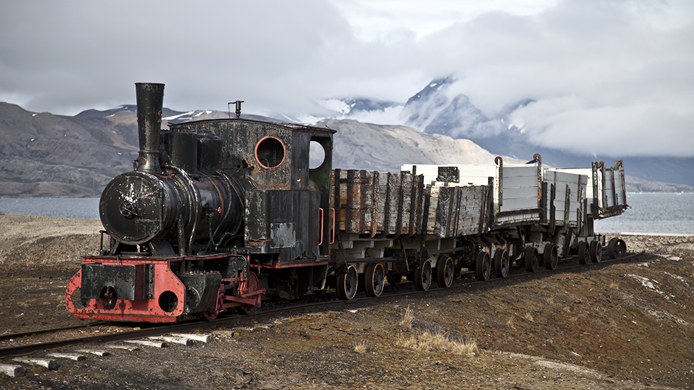 Ny Ålesund Train ©-Marcel Schütz-2020