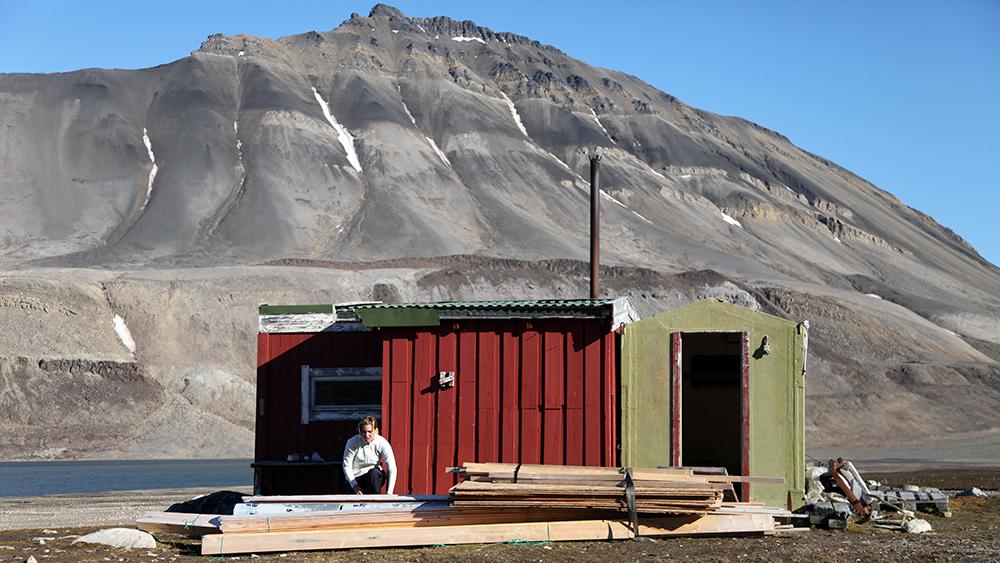 Telenorhytte Linnévatnet, Svalbard ©-Marcel Schütz-2020