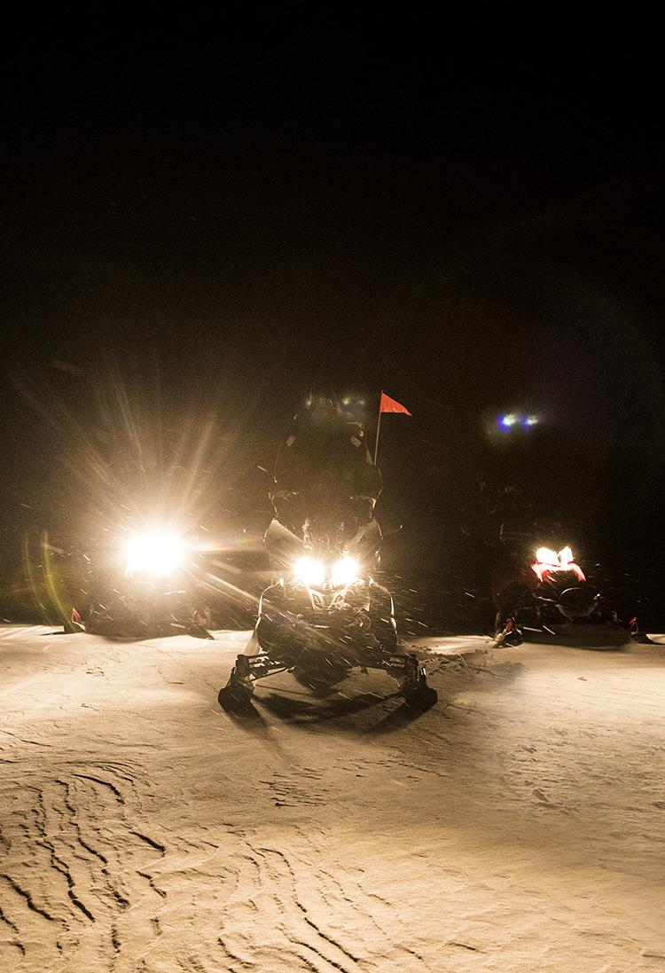 Snowsooter-Safari in the Polar-night, Svalbard ©-Marcel Schütz-2020